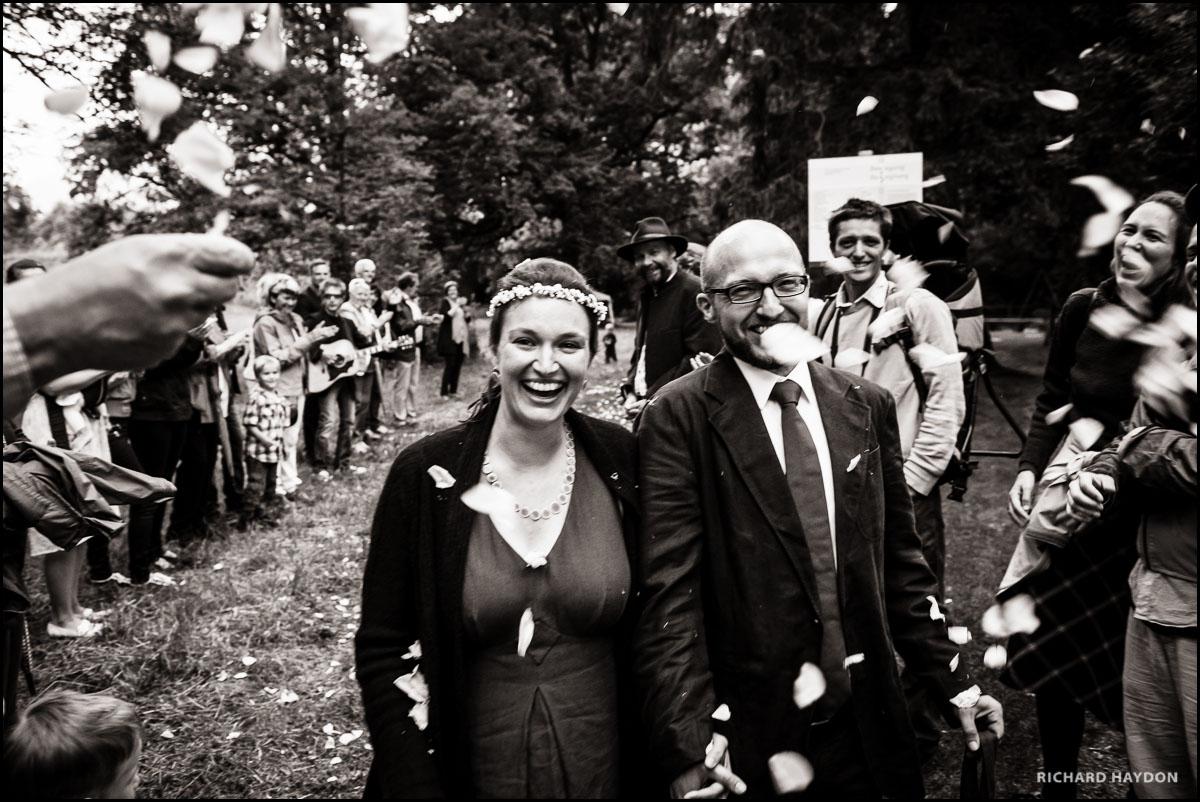 Hochzeitsfoto: Ein glückliches Brautpaar in Liechtenstein