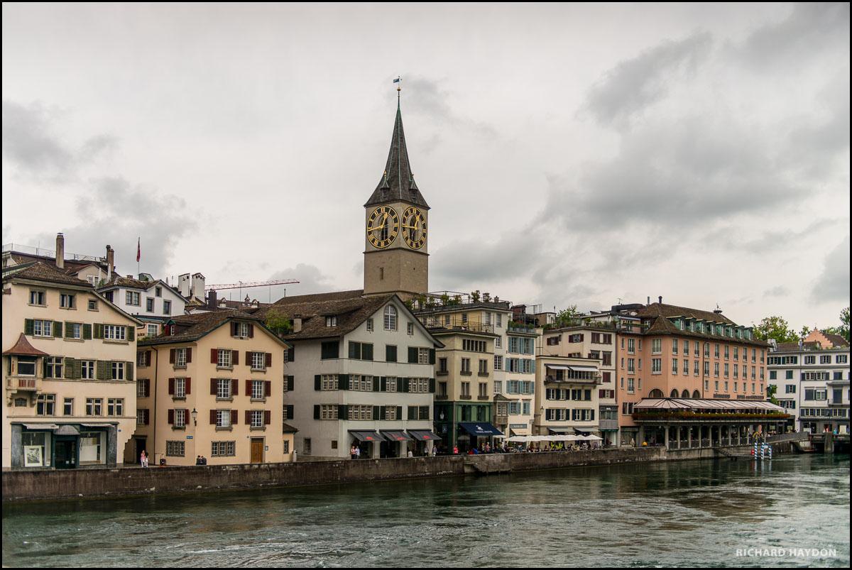 Hochzeit in der St. Peter Kirche in Zürich