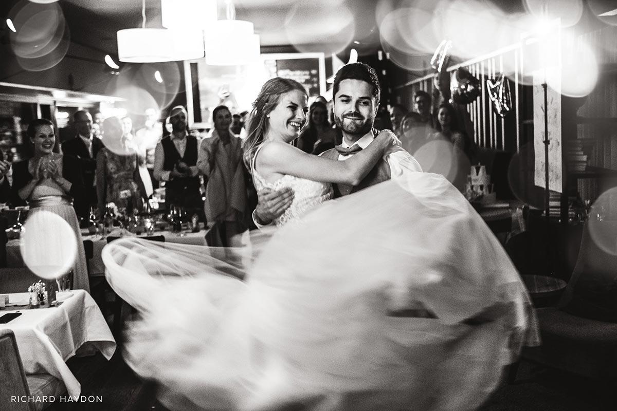 Hochzeitsfotograf Zug Hafenrestaurant